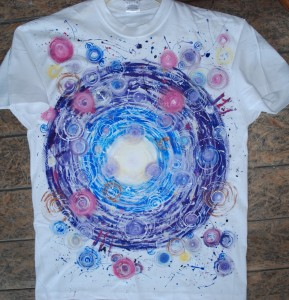 DSC_0193Malowane koszulki i tkaniny